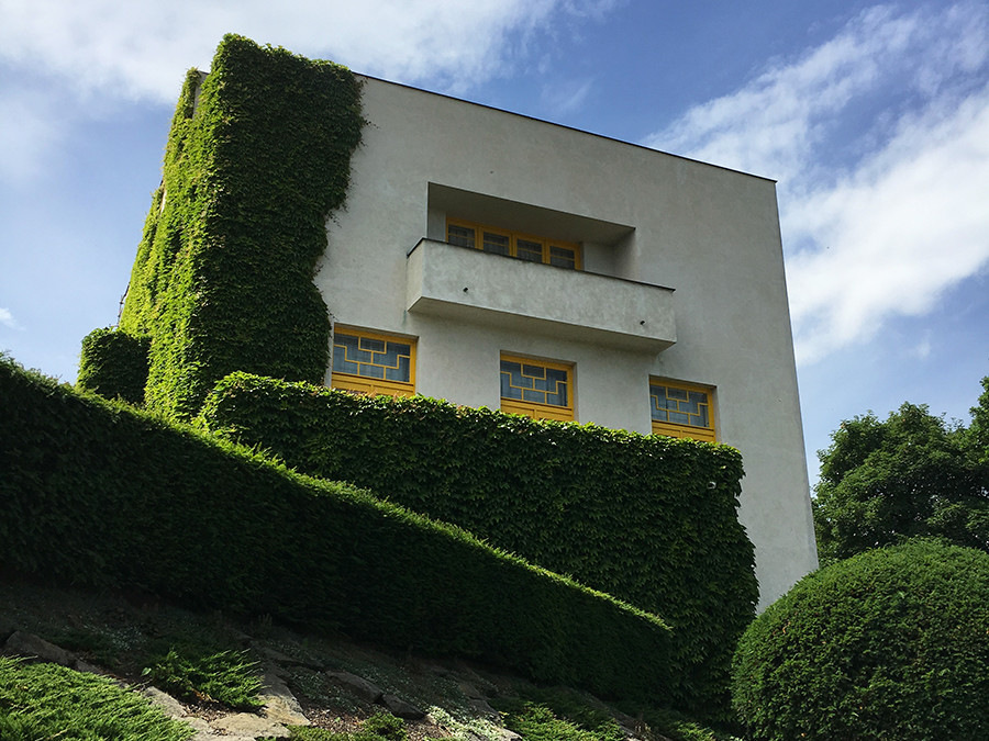 Feature: Thoughts on Three Czech Modernist Villas